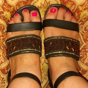 Easy Spirit Sandals 7W Black with Copper beads